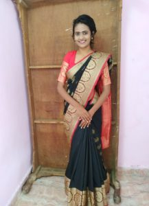 best poses in saree