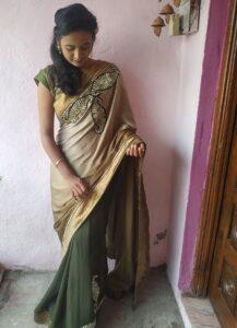saree poses by pranjali